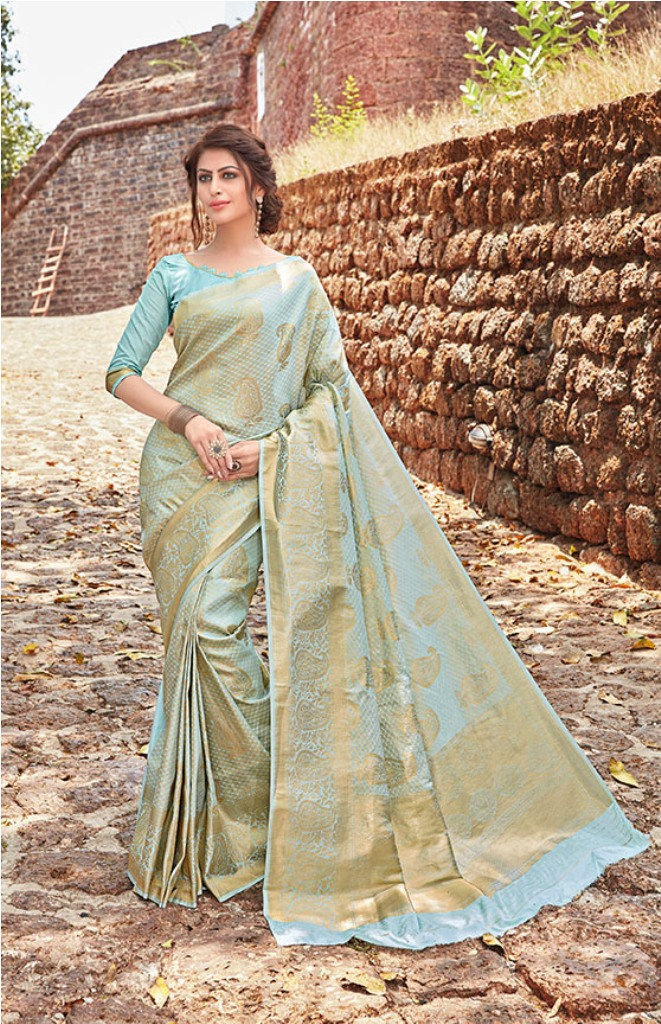 Grab This Very Beautiful Heavy Weaved Designer Silk Based Saree