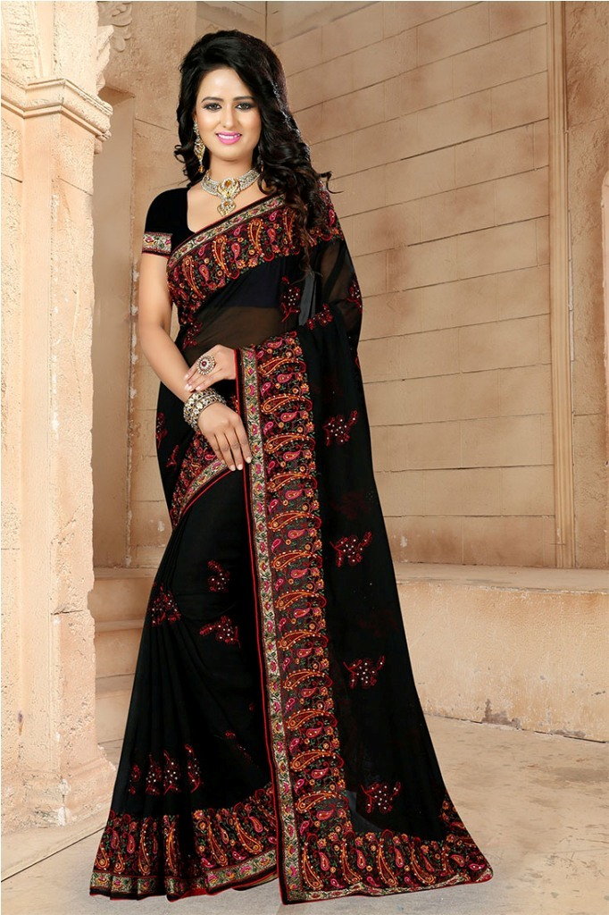 If You Have And Eye For Embroidery Than Grab This Very Beautiful Designer Saree