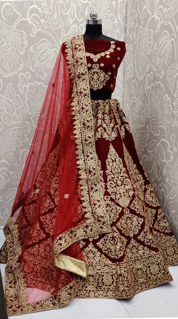 Here Is A Beautiful Designer Bridal Lehenga Choli