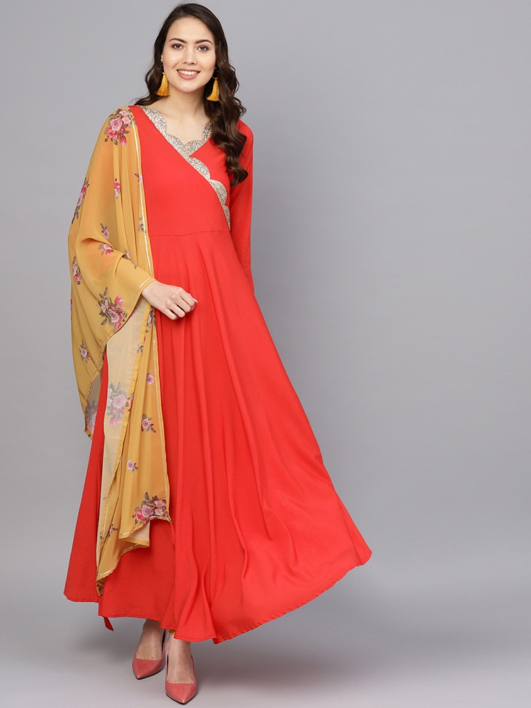 Grab This Beautiful Pair Of Readymade Gown