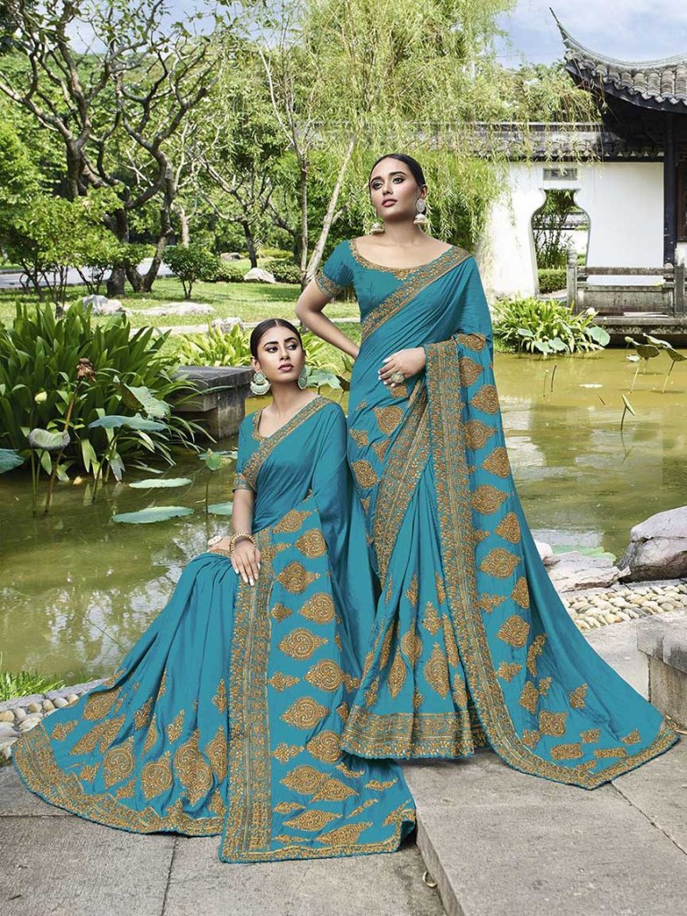 Celebrate This Festive And Wedding Season Wearing This Heavy Designer Saree