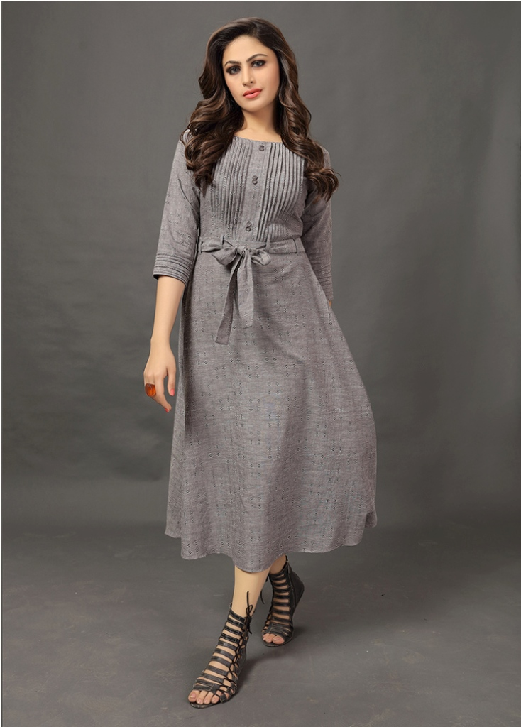 Flaunt Your Rich And Elegant In This Readymade Designer Kurti